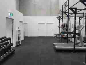 A picture of one of our clinics and our gym facility to aid in the rehabilitation of our patients to assist them with their pain. Find out more about us at cheltenham go to www.theosteocollective.com.au/cheltenham